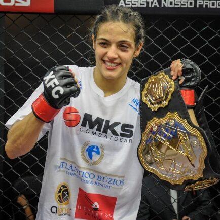 Poliana Botelho